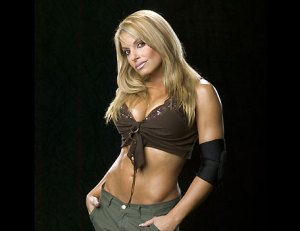 Trish Stratus, WWE, Wrestling