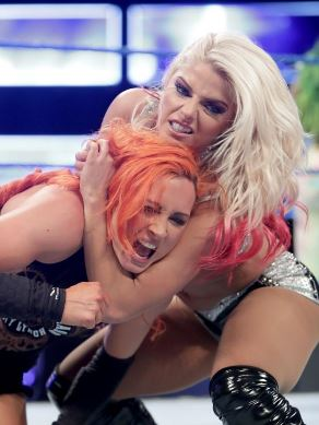 Alexa Bliss, Becky Lynch, divas, women, WWE, WWF, championship, Backlash, Smackdown