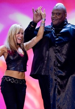 Viscera, Big Daddy V, world's largest love machine, Lilian Garcia, WWE, wwf, pajamas